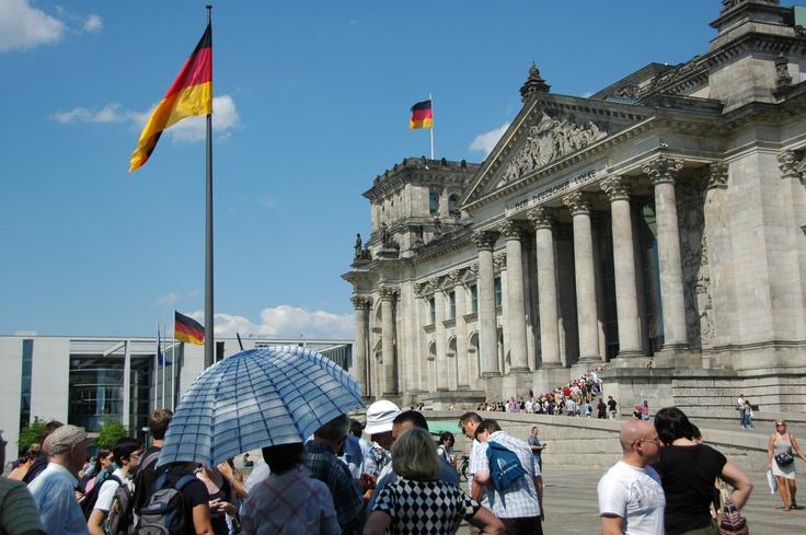 InBerlinReisen – Ihr Partner für Gruppenreisen und Klassenfahrten in, um und nach Berlin Besuchen uns JETZT auf www.inberlinreisen.de