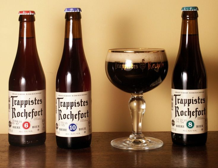 Trappistes Rochefort, another belgian trappist brewery(I love belgian beers) comes in 3 varieties: 6(awesome), 8(fantastic) and 10(knock you off your feet, it's over 11%)