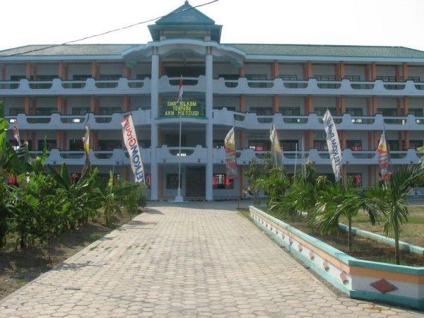 Modern Vocational High School Design Ideas by SMK Telkom Terpadu AKN Marzuqi