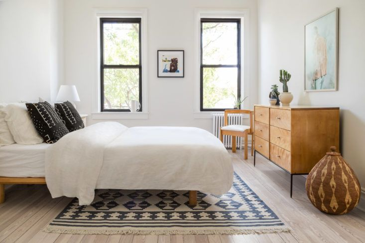 Peggy Wang House in Ridgewood, Queens by Keren Richter, Bedroom