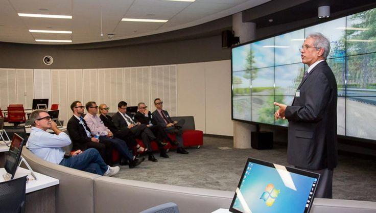 Visualisation at USC - the Engineering Learning Hub | USC spaces | University of the Sunshine Coast