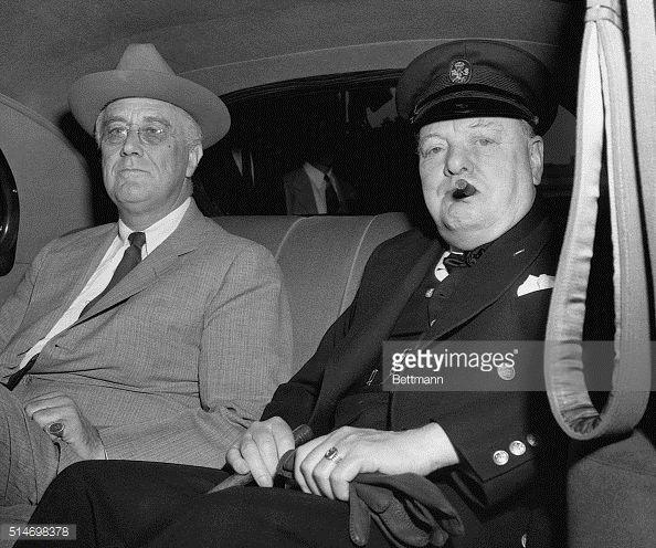 News Photo : Prime Minister Churchill arrives at the White...