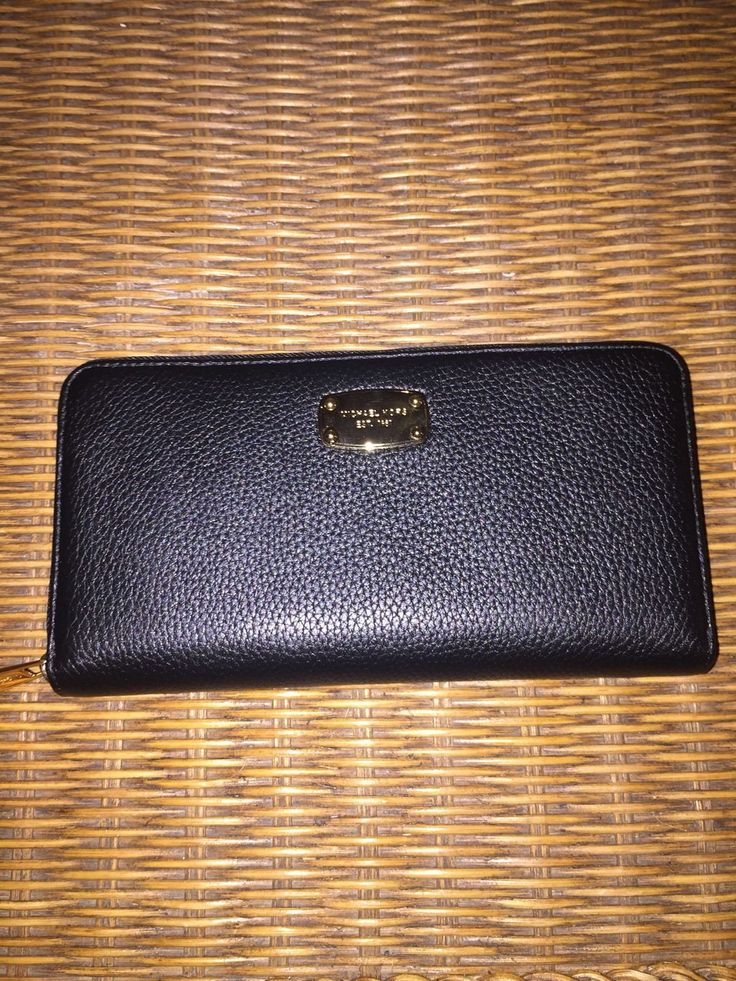 NWT MICHAEL KORS Jet Set Leather Travel Zip Around Wallet Black