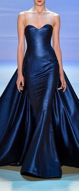 Georges Hobeika ~ Strapless Evening Gown, Midnight Blue El color de las sirenas...