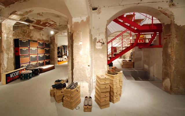 Studiostore es un espacio en el Borne barcelonés que promueve el diseño, la creatividad y la búsqueda de la belleza en tiempos de crisis.