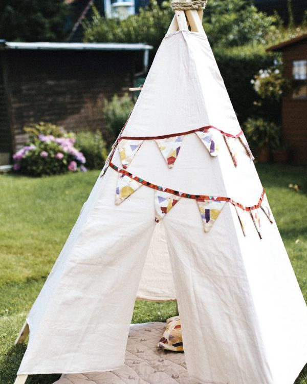 die besten 25 kinder tipi ideen auf pinterest teepee kinder tipi zelt kind und tipi zelt. Black Bedroom Furniture Sets. Home Design Ideas