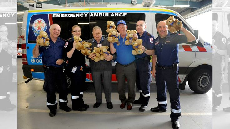 Australia Horsham City #LionsClub donate trauma bears for ambulances SMILE AIDS: Ambulance Victoria's Tom McLean and Kylie Yapp, Horsham City Lions Club president Bill Deleeuw and publicity officer Don Johns, ...