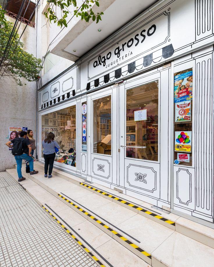 """Construido en 2017 en San Luis, Argentina. Imagenes por Gonzalo Viramonte. El concepto que inspira a este proyecto es el de un mundo de fantasías donde todo puede ser """"dibujado"""". Un tapiz blanco que nos transporta a..."""