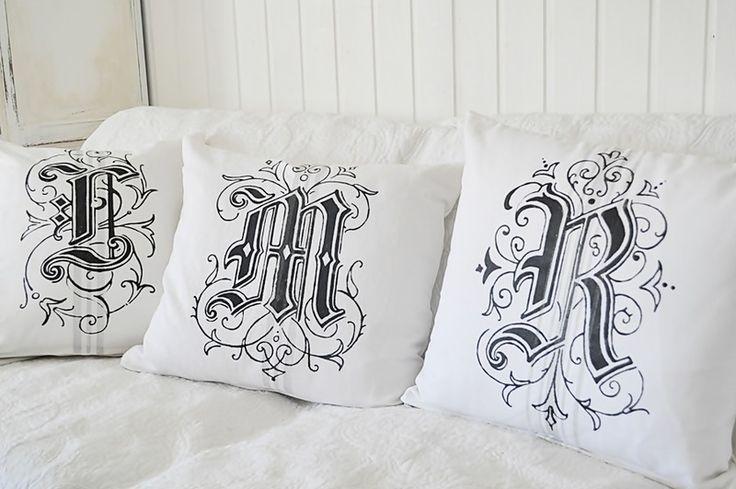 Wunsch Monogramm, Tattoo oder Schablone von Tres-Blanc auf DaWanda.com