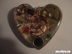 SP-OAEBB-Magnetic energy catcher heart-semicol-key