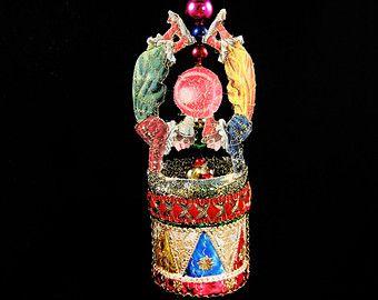 Victoriaanse kerst Ornament - Circus Clown Act || Victoriaanse ornament, handgemaakte, vintage, antiek, schroot, draad omwikkeld