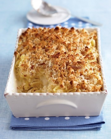 Martha Stewart Macaroni and Three Cheeses. Great for Christmas or holiday parties! :  http://www.marthastewart.com/275640/holiday-casserole-recipes/@Virginia Stokes/276958/holiday-entertaining#/263331