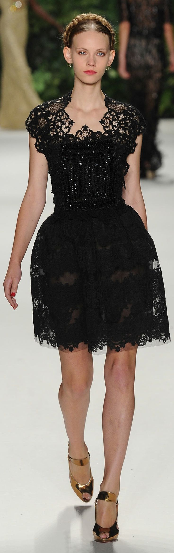SPRING 2014 RTW Naeem Khan BD - Fashion Jot- Latest Trends of Fashion