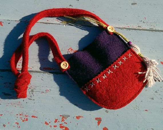 Girl's Side Bag / Wool Child's Bag / Embroidery and Tassel Detail - Red/Purple