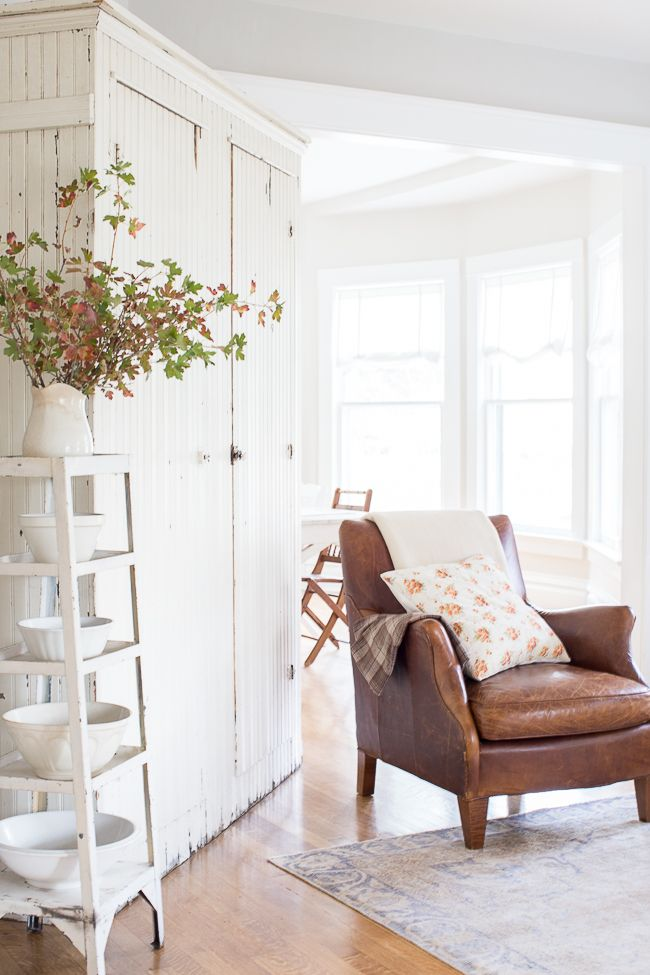 Leather Chairs Living Room 70 best home brown leather living room images on pinterest my white and wood with a vintage leather chair simple autumn branches in ironstone sisterspd