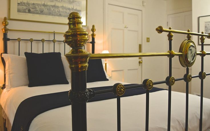 Read 14 Hart Street, Edinburgh hotel review on Telegraph Travel. See great photos, full ratings, facilities, expert advice and book the best hotel deals.