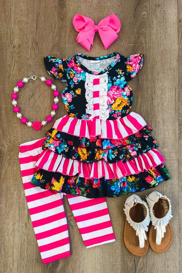 Our+Giselle+floral+ruffle+capri+set+is+simply+stunning!+A+mixture+of+darling+floral+and+stripe+prints+paired+with+matching+capri+pants.+So+stylish,+yet+oh+so+comfy!+Set+includes+the+shirt+and+matching+capris.