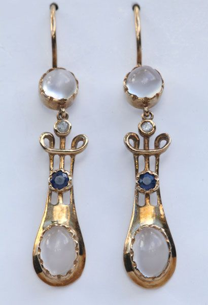 MURRLE BENNETT & Co 1896-1916 Art Nouveau Earrings Gold Moonstone Sapphire Diamond
