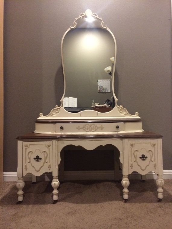 Best 25 Shabby Chic Vanity Ideas On Pinterest
