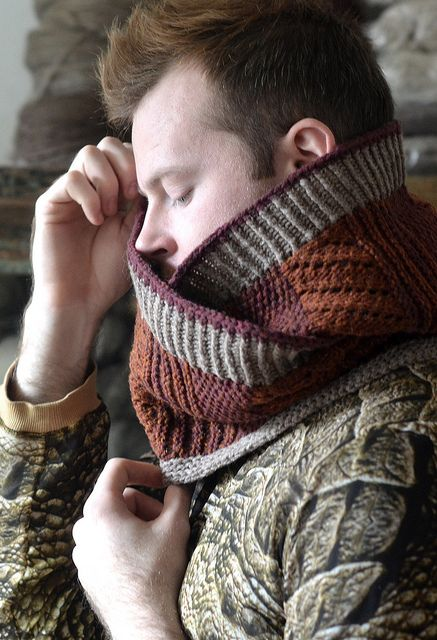 Hofsós Cowl 2 by westknits, via Flickr  pattern at ravelry.com beautiful warm tones of colour selection combined with interesting pattern for texture.