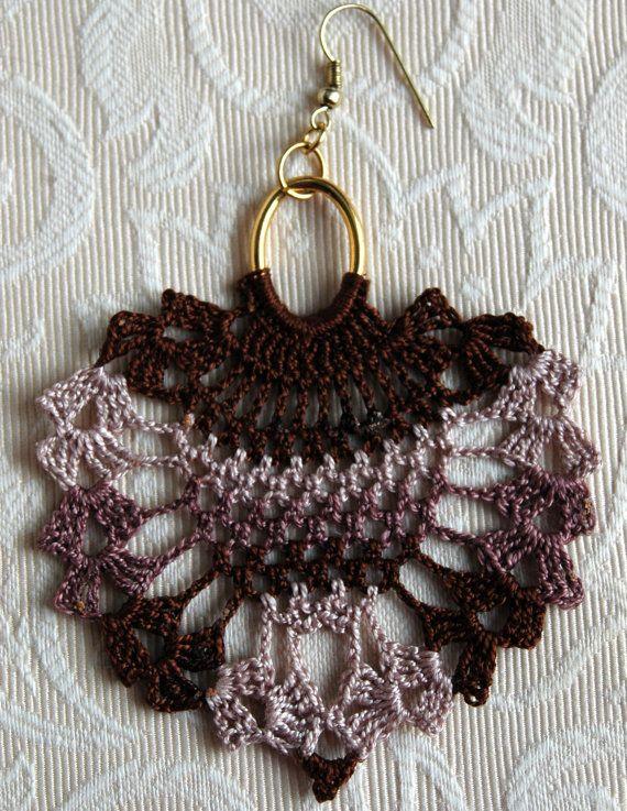 crochet earrings by lindapaula