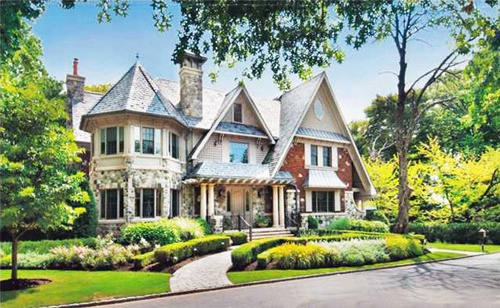 The 3 most expensive real estate transactions this year took place in the most exclusive Staten Island neighborhood, called Todt Hill – a neighborhood that is  not only known for being the highest natural point in the five boroughs of New York City, but also for its sky high prices for custom made homes. http://statenislandlifestyle.com/2012/top-3-most-expensive-staten-island-homes-sold-in-2011/