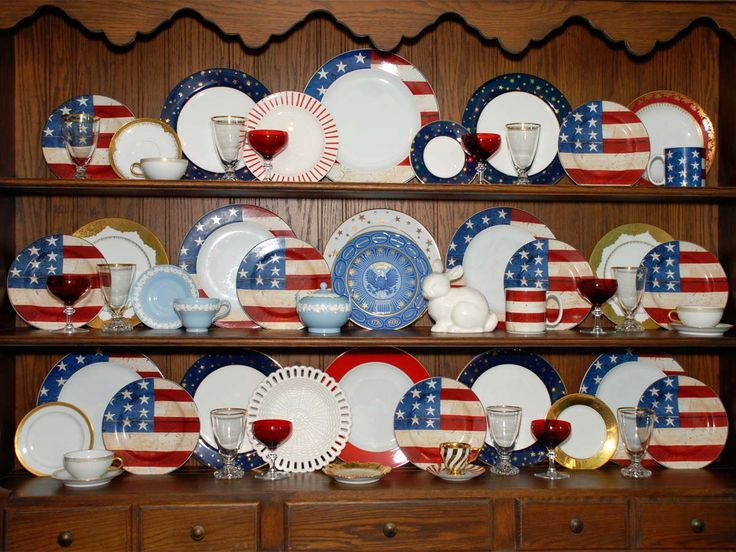 Displaying and Decorating with China for the Seasons and Holidays: The 154th Tablescape Thursday