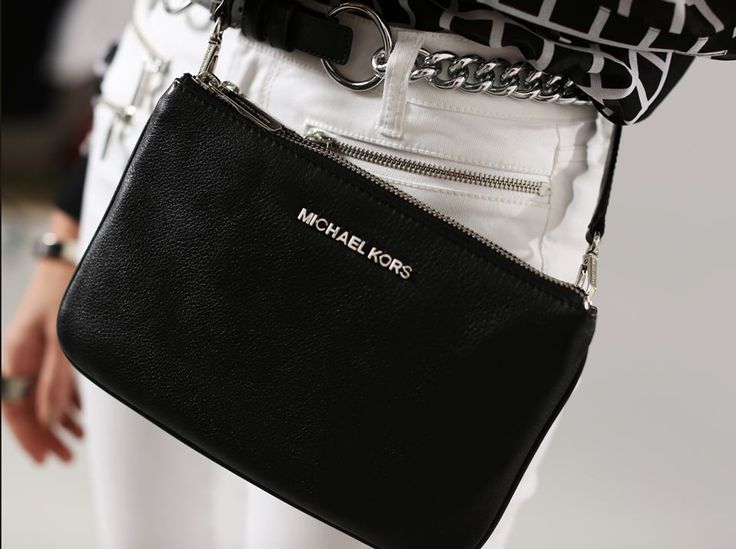 a00704937bea michael kors bedford gusset crossbody blackmichael kors bedford crossbody  black julie bag