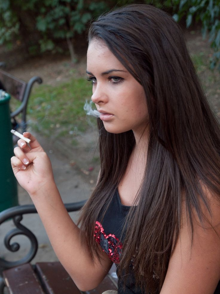 Maggie Grace Smoking - Google Search  Wonderba  Girl -1582