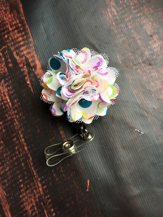 rainbow flower badge reel, pride badge reel, pretty bage reel, gifts for nurses, teacher gift, cool bage reels, rainbow badge reel, gift #etsy #hairbow #fashion #etsycanada #headband #kidsfashion #toddlerfashion #womensfashion #trend #shophandmade
