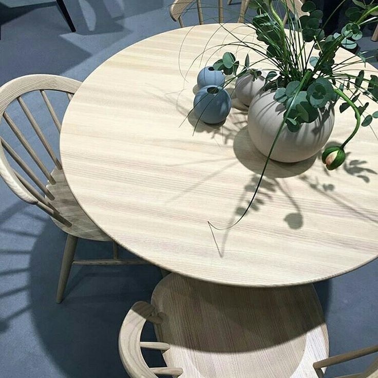 Open Arch chair and John table, in ashwood, by Lundbergs Möbler Sweden