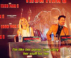 Robert Downey Jr. And Gwyneth Paltrow's Most Adorable Moments: When Robert was Gwyneth's human purse: