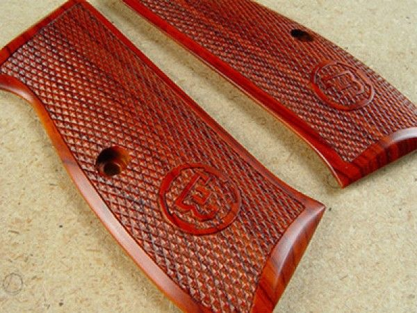 CZ 75 Compact, Thin, Coco Bolo, Full Checker Grips Find our speedloader now! http://www.amazon.com/shops/raeind