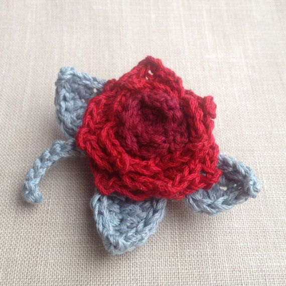 Garden Red Rose Crochet Brooch - Cherry Ruby Corsage Flower - Lace Shawl Pin - Crocheted Silk Cotton Linen Boutonniere - Tea Roses Bouquet