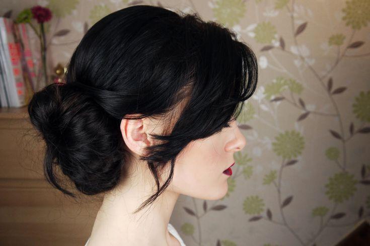 Best 25 Winter Wedding Hairstyles Ideas On Pinterest: 25+ Best Messy Side Buns Ideas On Pinterest