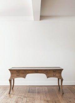 Rose_Tarlow_Melrose_House_Catalog_Cyrano-desk