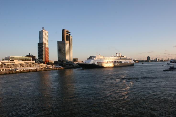 Rotterdam, Wilhelminapier