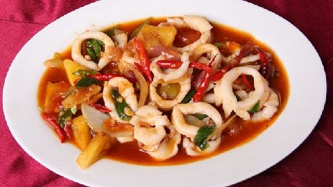 Anda bosan dengan resep masakan daging atau ayam? Yuk kita coba memasak makanan laut atau seafood.