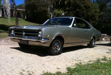 Another beautiful example of the 1968 Holden HK Monaro .... for more info about the HK come to http://carworldnetwork.com/the-holden-monaro/  #holden #holdenmonaro #hkholdenmonaro