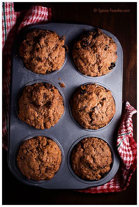 Cinnamon Raisin Muffins | #healthy #baking #breakfast