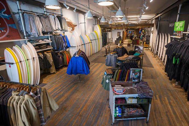 Patagonia Bowery Surf Shop, New York City (Retail Design Blog) | Preserve, Shops and Surf