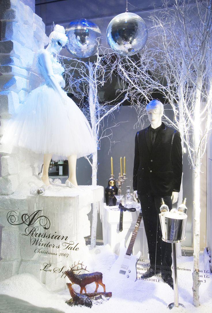 #Harrods #Christmas #Windows #VM #Retail #RetailSolutions #VisualMerchandising #Fashion #Sparkle #ElementalDesign http://www.elemental.co.uk/blog/