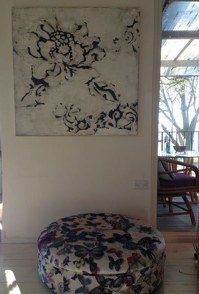 Grand Flora  colour Black & White size 1000mm x 1000mm