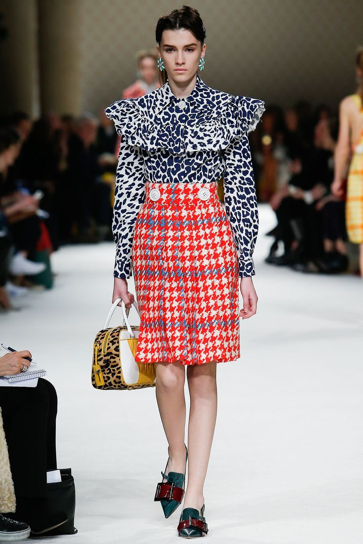 Miu Miu Fall 2015 Ready-to-Wear Fashion Show - Irina Djuranovic