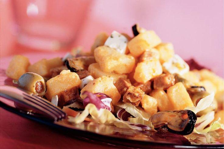 Kijk wat een lekker recept ik heb gevonden op Allerhande! Spaanse salade met aardappel, chorizo en pikante mosselen