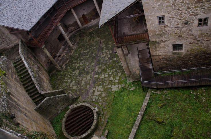 Castillo de Castro Caldelas,Galicia.