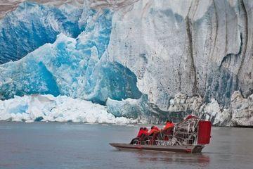 Excursion sur le littoral de Juneau: tour en hélicoptère et en hydroglisseur sur le glacier Taku