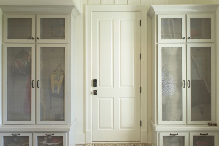 1000 Ideas About Built In Lockers On Pinterest Lockers