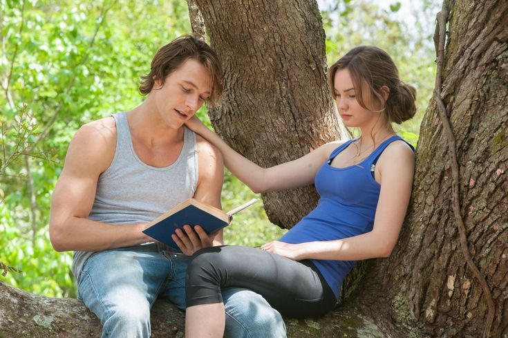 The Best Of Me interview with actress Liana Liberato from the set of The Best of Me.