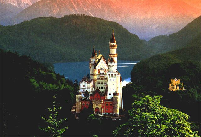 Pictures: Castles That Will Inspire and Haunt You   Amazing, Funny, Beautiful, Nature, Travel and much more...